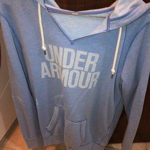Under armor hoodie!💙